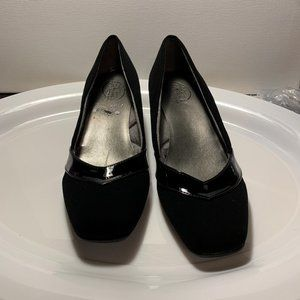 Life Stride Simply Comfort Black shoes size 9M
